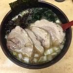 イレブンフーズ源流 - チャーシュー麺