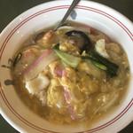 江山楼 - ふわふわ卵とじの中華丼
