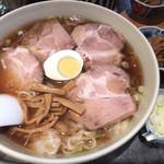 保谷大勝軒 - 料理写真:チャーシューワンタン麺+メンマ+ネギ