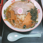 丸鶴 - ラーメン 500円