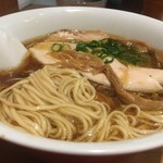 ラーメン屋 トイ・ボックス - 麺拡大