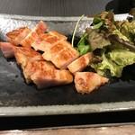 創作鉄板焼き 廣 - 岩中豚の特製ベーコン