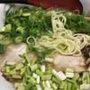 まるまんラーメン - 料理写真:ネギラーメン