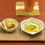 113448866 - 翡翠茄子の豆打餡かけ、松茸・白瓜・蒸し鶏の芥子和え