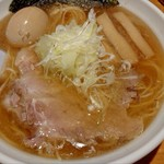 麺屋 銀次郎 - 料理写真:味玉醤油ラーメン(大盛り)