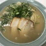 味心 - 料理写真:塩とんこつラーメン600円