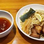 麺屋 武吉 - あっさりつけ麺  中盛り  特製トッピング