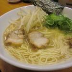 麺屋 一 - らー麺(醤油)