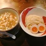 113460427 - 「鶏つけ麺&味付玉子」970円
