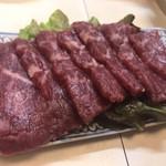 113462833 - 馬刺し。先日熊本で食べた馬刺しより全然美味かったです♫