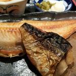 魚と旬の料理 まる - ほっけと