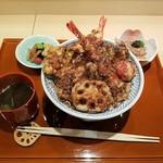 赤坂蓮の庭 - 蓮の庭天丼全景