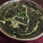JANVI - ほうれん草とチーズのカレー