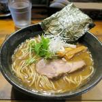 じゃジャ旨 - 魚介豚骨ラーメン740円