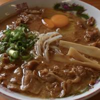 天徳-中華そば肉入り(中・700円)