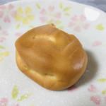 かさ国 - 料理写真:薄皮に包まれた柔らかい食感の銘菓「みろく石」