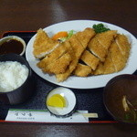 サクマ - 料理写真:ちょっと大きなメガチキンカツ定食 1000円