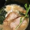 ビショック - 料理写真:豚骨ラーメン750円
