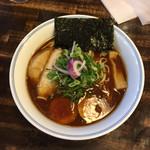 ラーメン一心 - 煮玉子醤油ラーメン 大盛 930円
