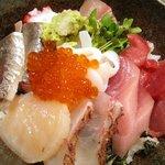大衆割烹 三州屋 - 海鮮丼