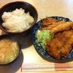 ルイタ食堂   - 日替わり定食(ミックスフライ)
