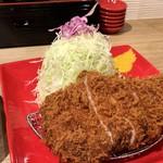 とんかつ檍のカレー屋 いっぺこっぺ - 上ロースカツカレー (200g) (とんかつ別皿) (1800円)のとんかつ