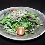 わたべ - じゃこと水菜のサラダ(ハーフ)