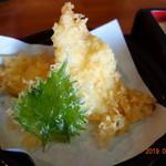 うどん本丸 - なまずの天ぷらが2個