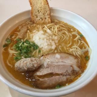はりけんラーメン - 料理写真:鶏そば塩 大盛