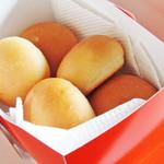 カフェ アムリット - 普段売っていないパン。 '12 1月中旬