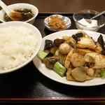 翔ちゃん - 定食 八宝菜 (680円)