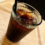 ブック&カフェ ダナポイント - アイスコーヒー