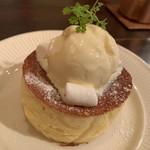 ブルー ファー ツリー - 幻のパンケーキ+バニラアイスミルク♡¥600+150