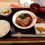 ごはん ごはん - 角煮定食¥1100