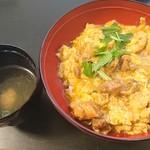 いな穂 - つみれ汁と比内地鶏の親子丼