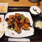 蜀膳坊 - 鶏肉四川炒め定食