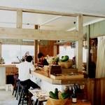 浮島ガーデン - カウンター席