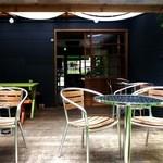 浮島ガーデン - テラス席