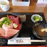 まぐろ屋 明神丸 - 料理写真:まぐろ三色丼特上ご飯大盛1700円
