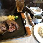 モーモー亭 - ・コンビハンバーグ 1,790円(税込) ※スープ、ライス、ドリンク付き