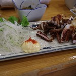 とも恵寿し - げそポッポ焼き(400円)