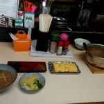 ねぼけ食堂 - 茶がゆの満腹セット 800円