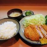 たかはし - 料理写真:ロースかつ定食1000円