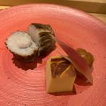 割烹 一楓 - 焼き物:たかべの若狭焼き、玉子 表面がしっかりとしていて、中はしっとり。たかべでも若狭焼きができるんですね。 玉子はほわほわ。芸術的。