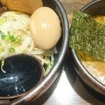 麺屋 一路 - 一路濃厚つけ麺(並)