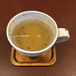ジャム cafe 可鈴 - 【食後のドリンク】今日はクーリー(ハーブティー系)にしました。