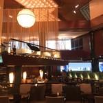 113606775 -    ANAインターコンチネンタルホテル東京 2階「アトリウムラウンジ」