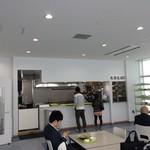 鮫洲運転免許試験場 食堂 -