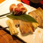 石狩川 - ベーコンアスパラ串、豚バラねぎま串