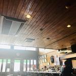 JKカフェ - 外の光が眩しい